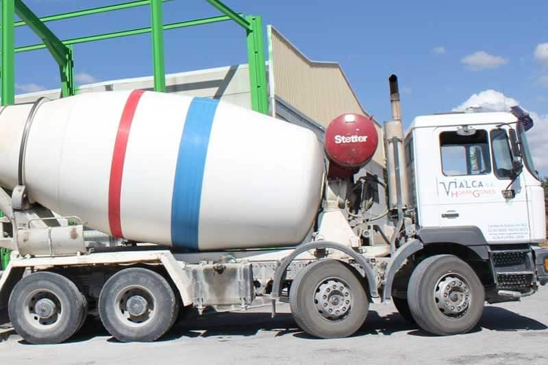Vialca Hormigones - vista camión hormigonera